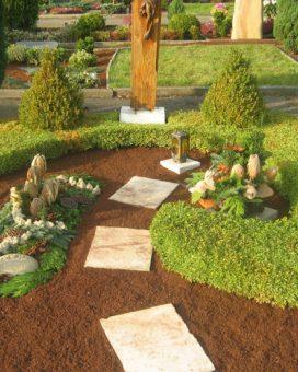 Grab-Einfassung
